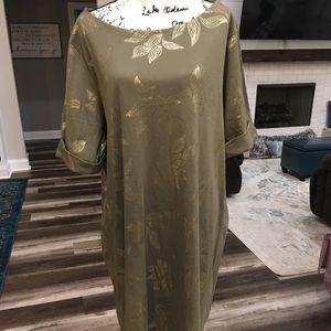 Karen Scott | Olive & Gold Shift Dress